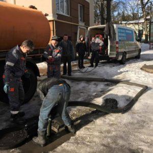 Чистим канализацию на предприятиях и заводах
