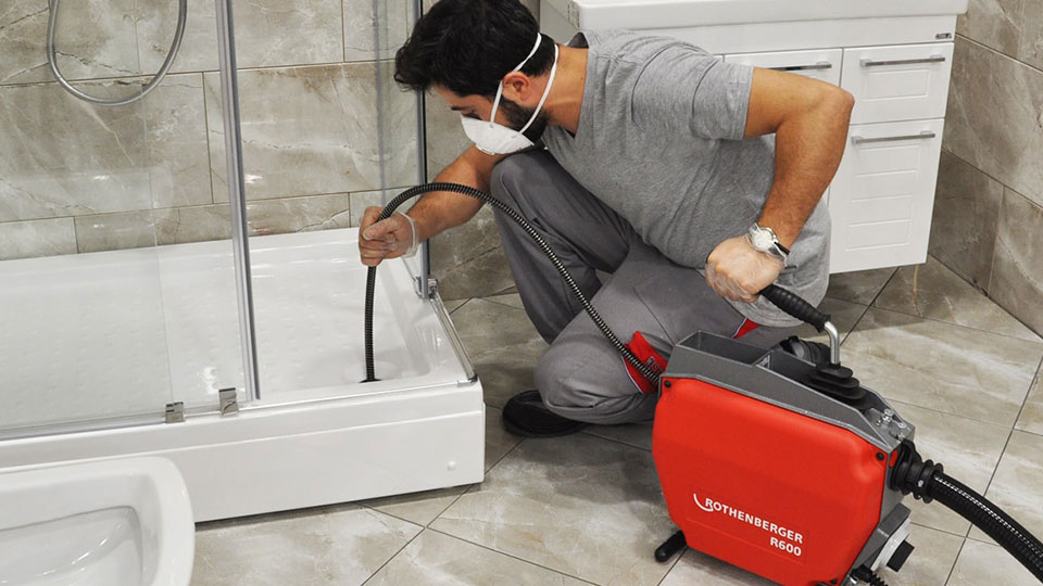 Чистка канализации дома